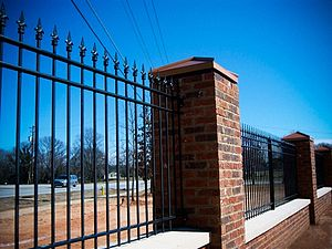 300px-Wrought-iron-fencing