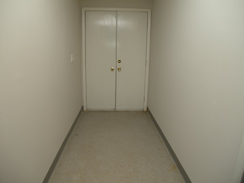 basement_hall_2.jpg